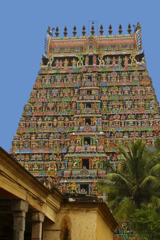 Kumbakonam temple 1.jpg