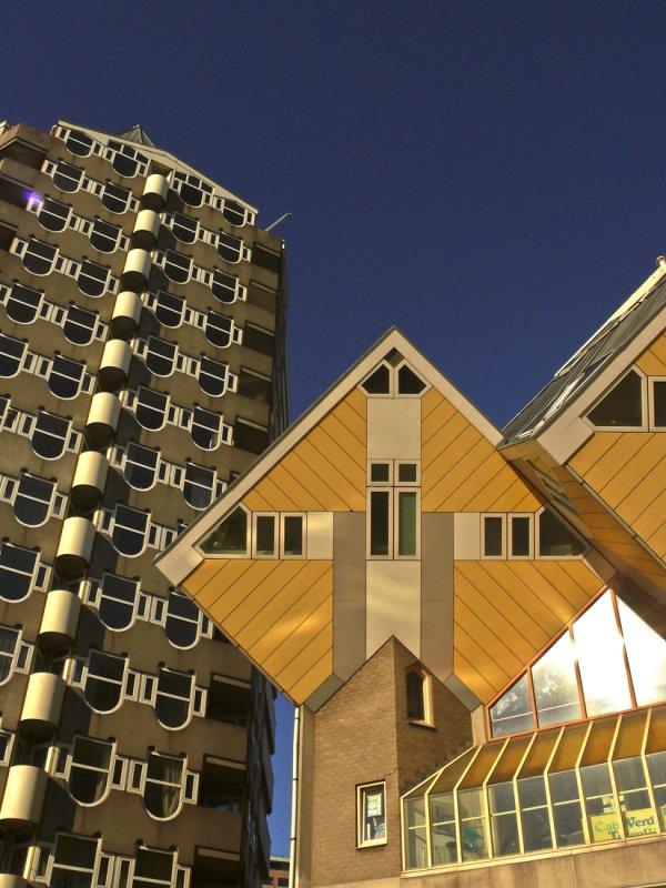 Kubus houses 3.jpg