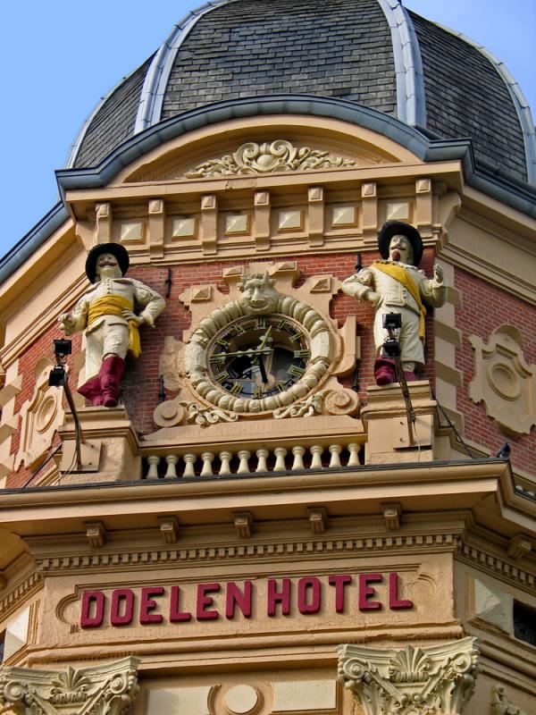 Doelen hotel
