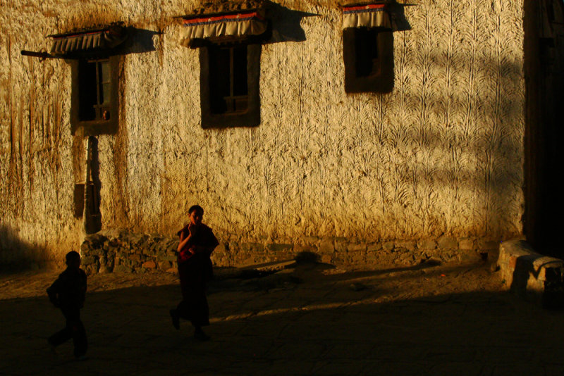 Two kids in the early morning