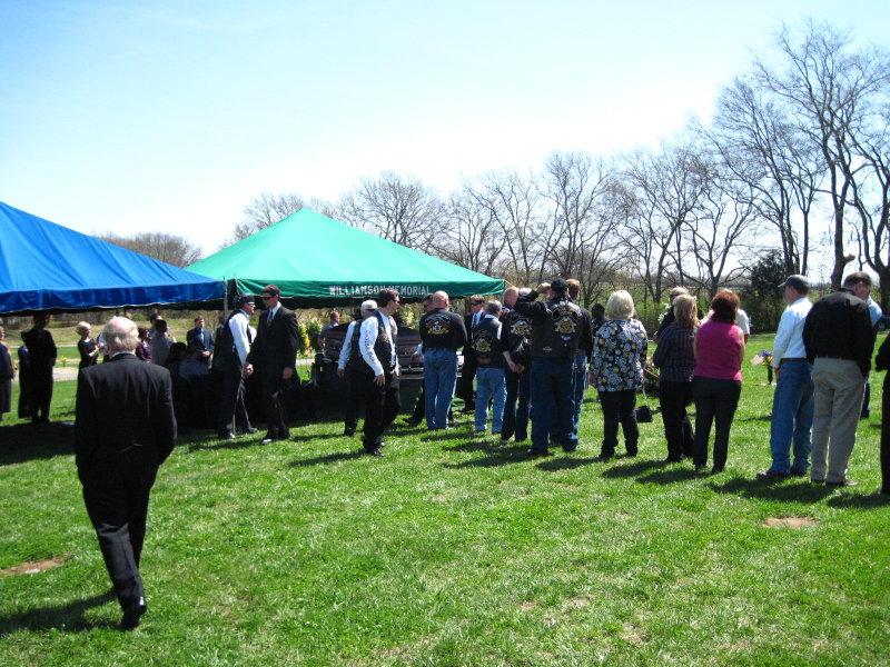 Trina Funeral 3-31-10 016.jpg