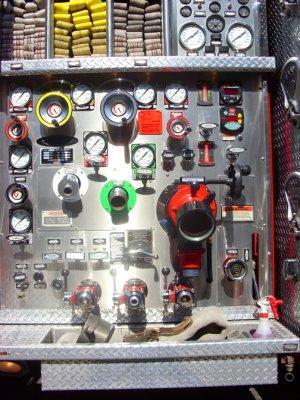 Parade 88 LAFD Engine 20 Engineer PanelCAFS.jpg