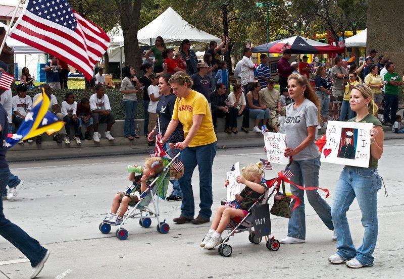 parade families 01