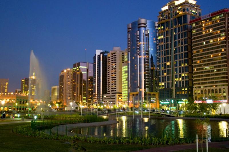 Night @ Abu Dhabi