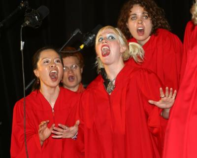 Stop-Shopping Choir members