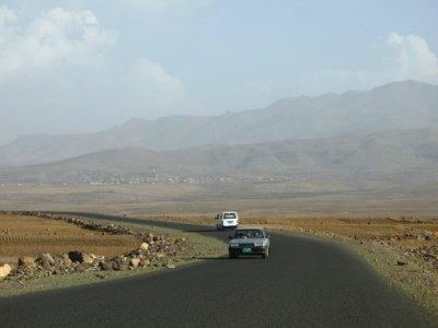 drive to Al-Mahwit