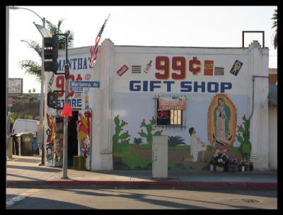 99 cent Gift Shop