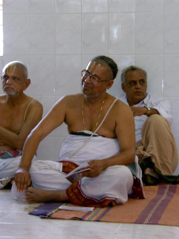 Sri KB Devarajan Swamy.JPG