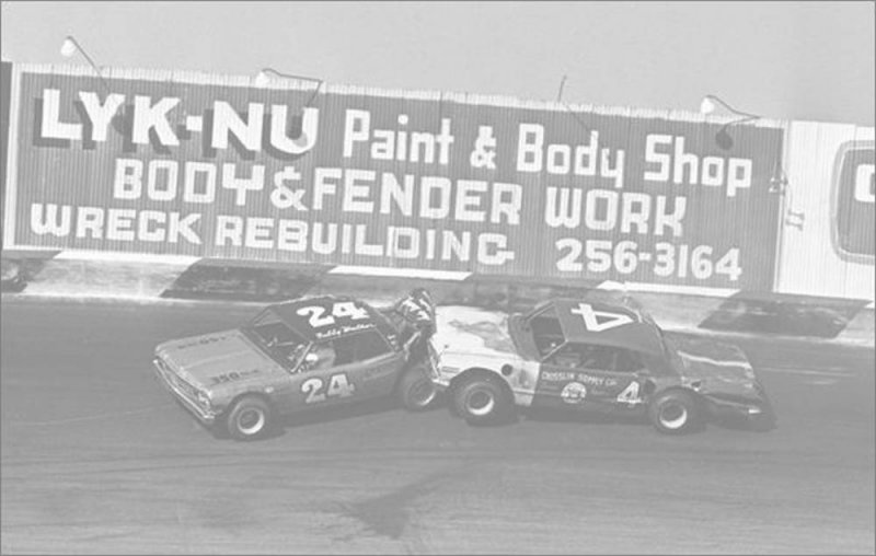 Southern 300 1967 Charles Higdon 4 and Bobby Walker 24