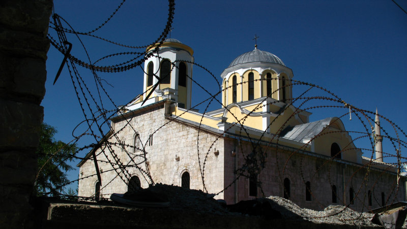 Barbed wire outside the Serbian Orthodox Cathedral