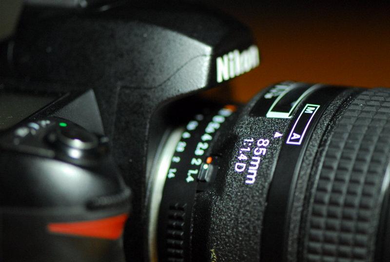 Nikkor 85mm f/1.4D IF AF lens.