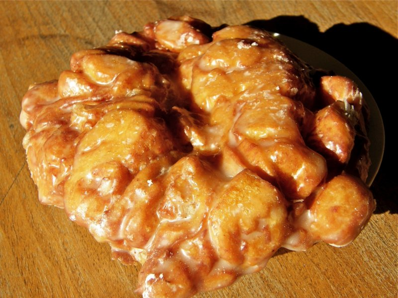 Apple Fritter at College Market - baked by Major P1300002.jpg