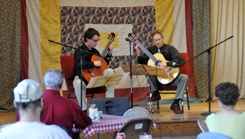 Bill OBrien R and Curtis L Guitar Concert large web sized  _DSC8590.jpg