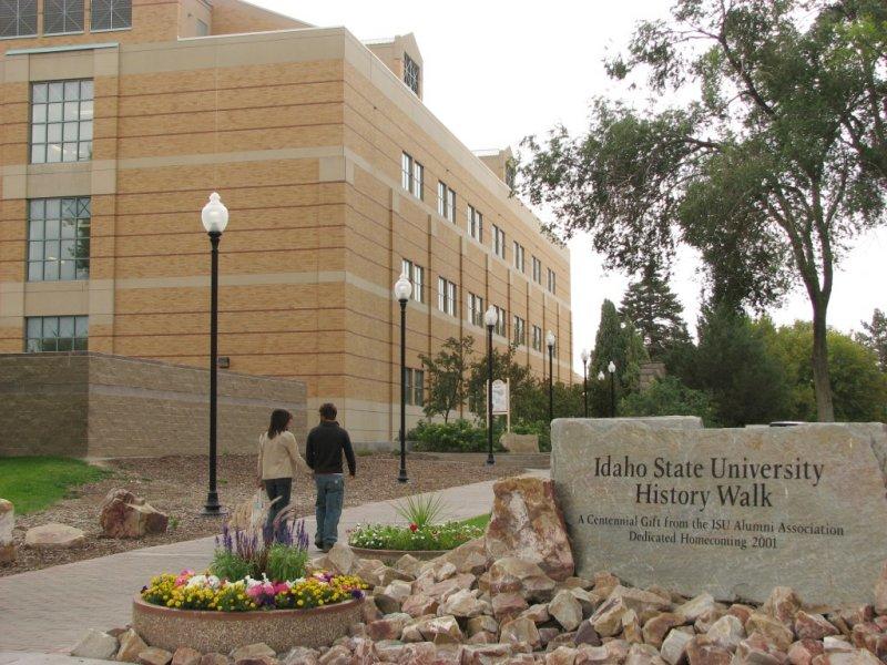 ISU History Walk with Couple IMG_0657.JPG