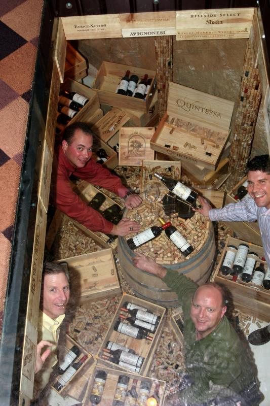The Wine Cellar Floordow