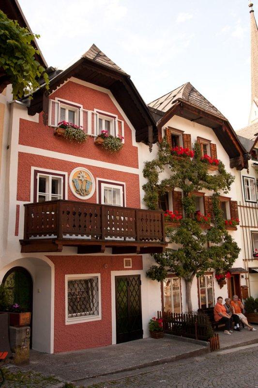 Walking around Hallstatt