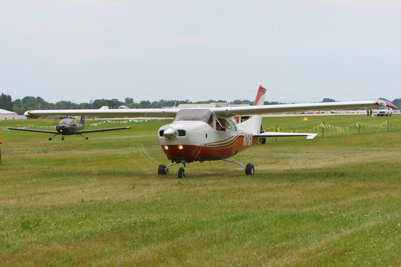 8    Cessna 210 & Piper Tomahawk.