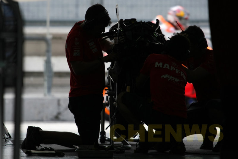 At the Aspar Ducati garage