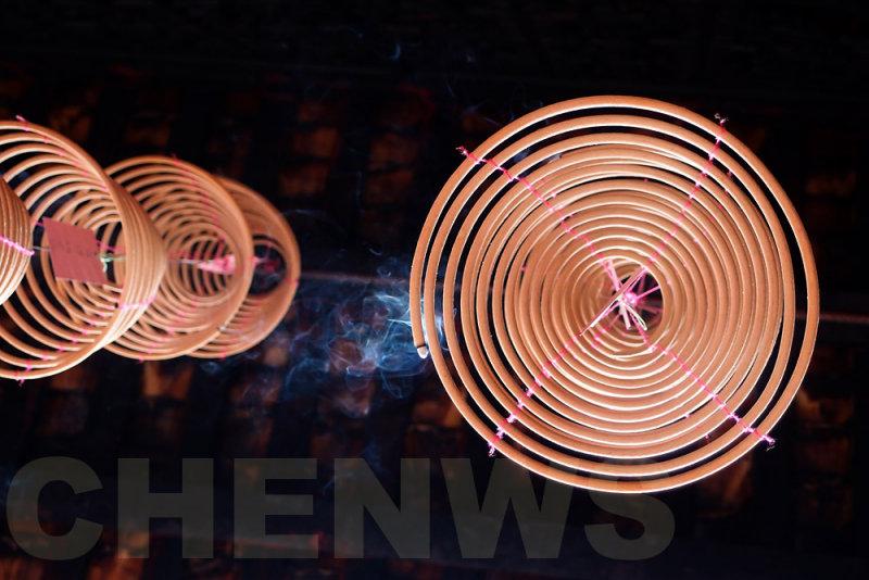 Circular joss-sticks 20110522-101158-199.jpg