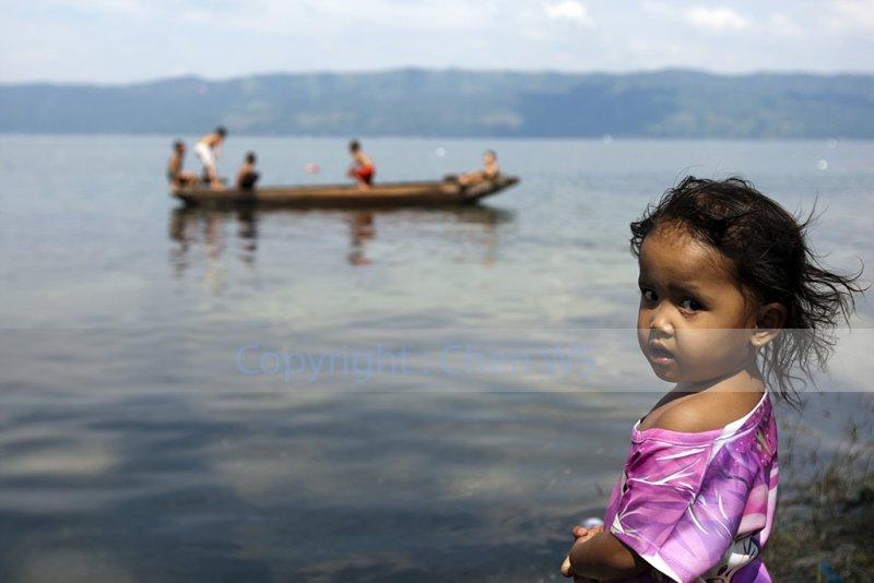Young girl, Lake Singkarak