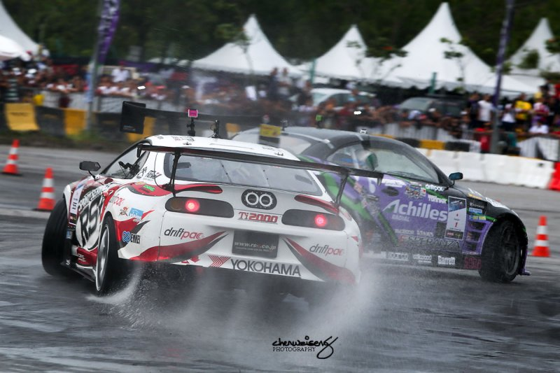 Final between Max Orido and Daigo Saito (lead car)