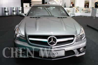Mercedes Benz SL-300