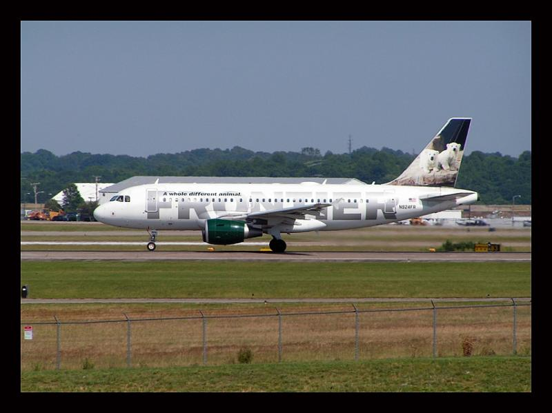 Frontier Airlines Polar Bears
