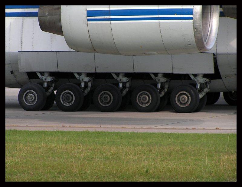 The Antonov Landing Gear (Rear)