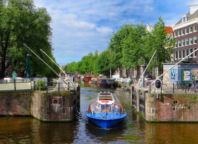 Narrow passage in the canals
