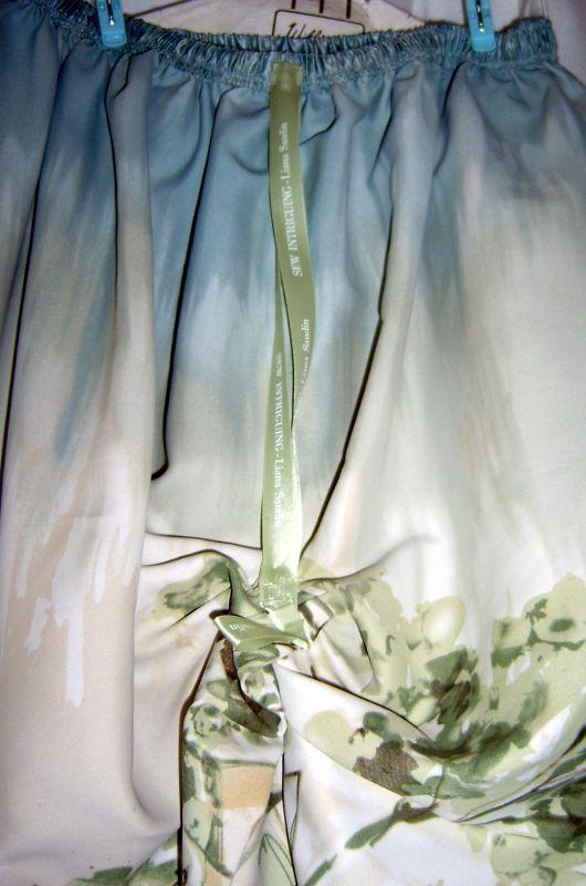 Inside Skirt Close Up