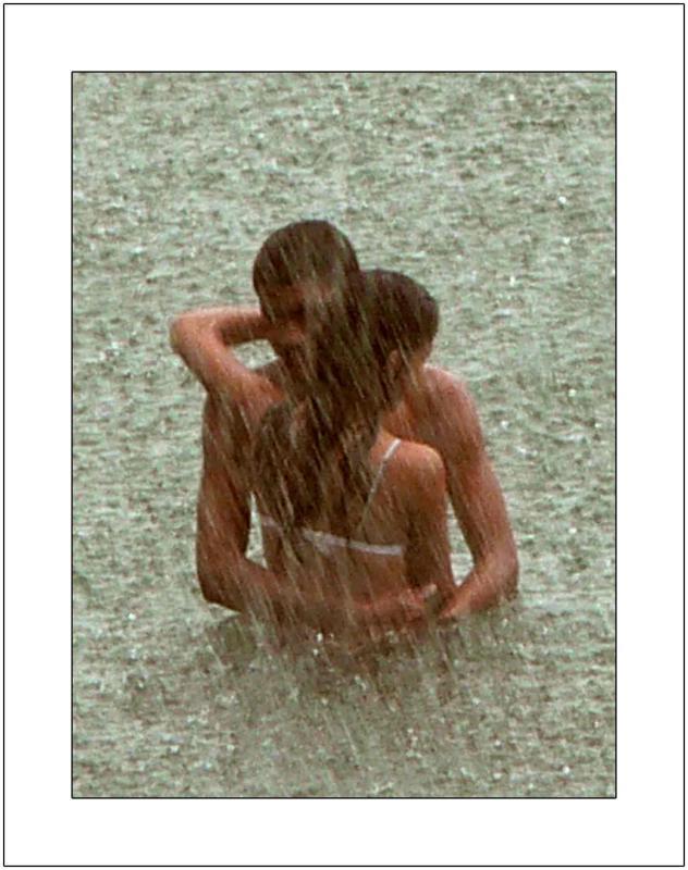 El Amor y La Lluvia: Sweethearts in the Rain