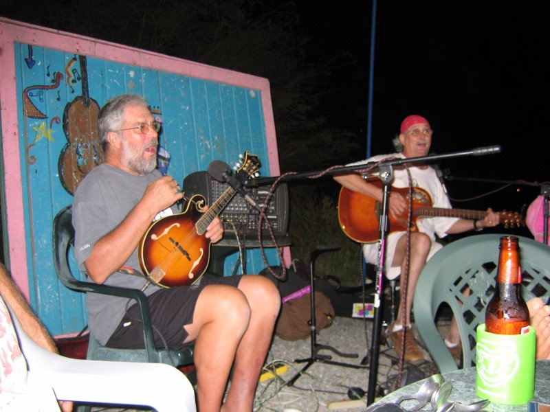 Entertainers at Island Blues
