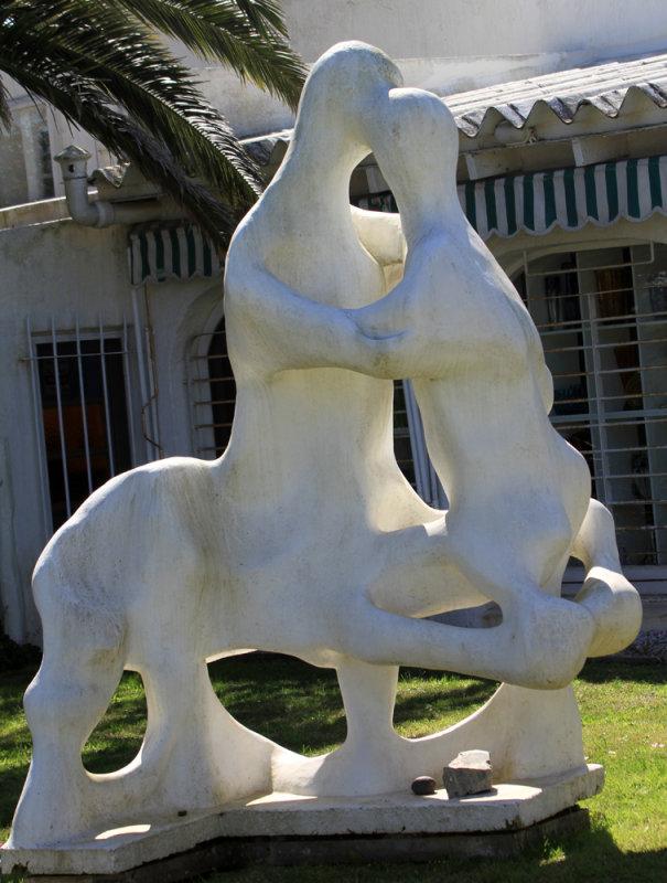 Sculpture in La Barra
