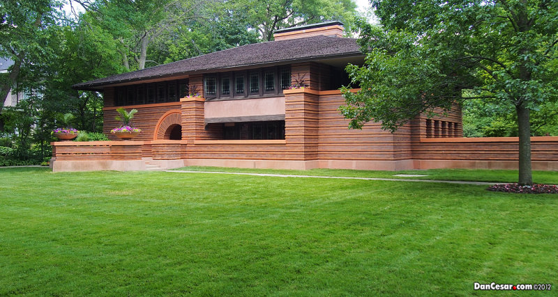 Frank Lloyd Wright... Authur B. Heurtley House 1902