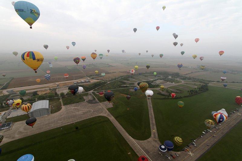 1590 Lorraine Mondial Air Ballons 2011 - IMG_9030_DxO Pbase.jpg