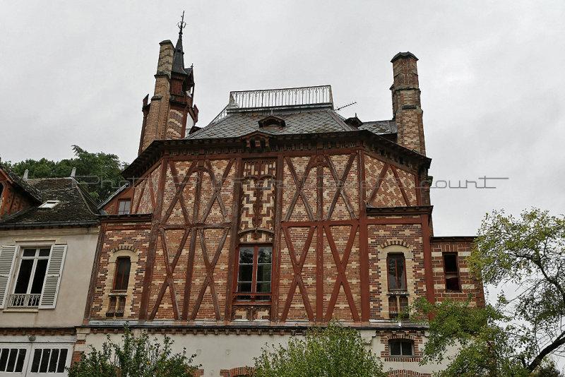 145 Visite du village de Moret sur Loing et du chateau de By - MK3_5105_DxO Pbase.jpg
