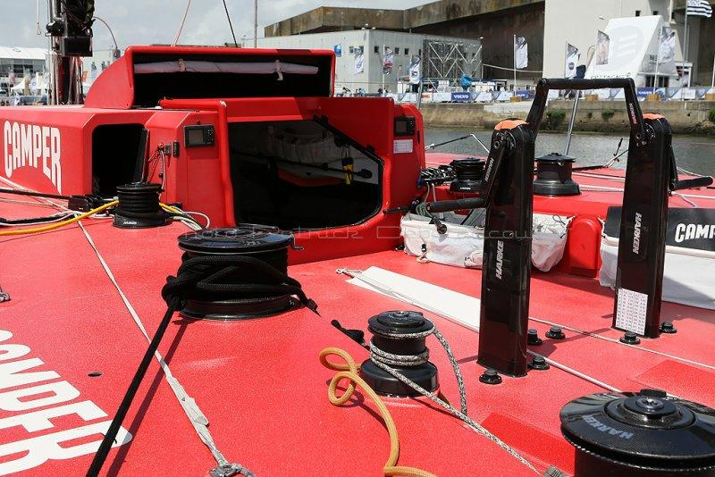 1039 - The 2011-2012 Volvo Ocean Race at Lorient - MK3_9358_DxO Pbase.jpg