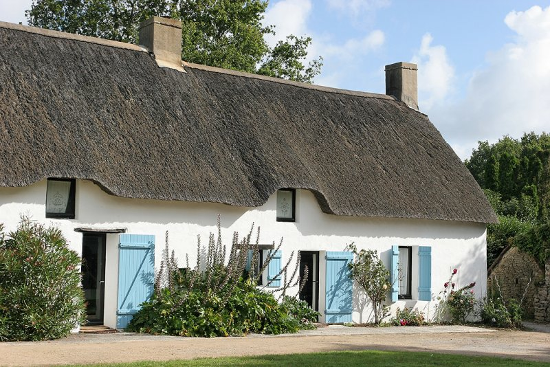 Maison typique de la Grande Brière avec sons toit de chaume - IMG_0404_DXO.jpg
