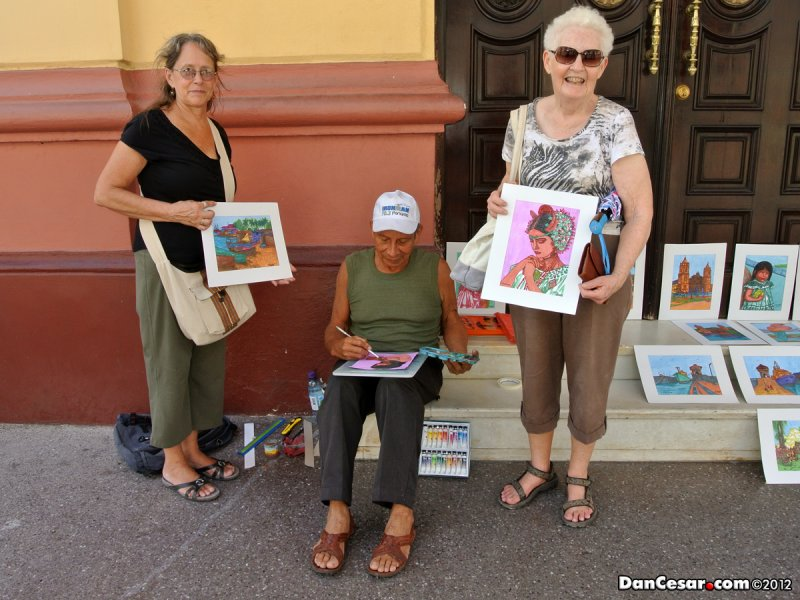 Art purchase in Casco Viejo