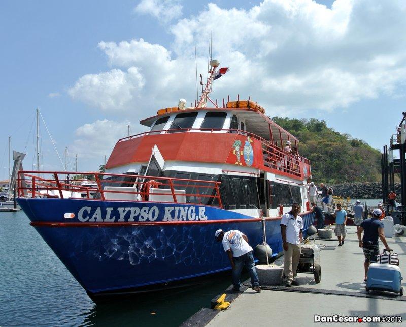 Heading to Isla Taboga