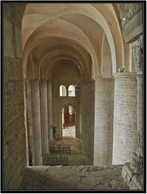 13 North Aisle from upper Narthex 87000501.jpg