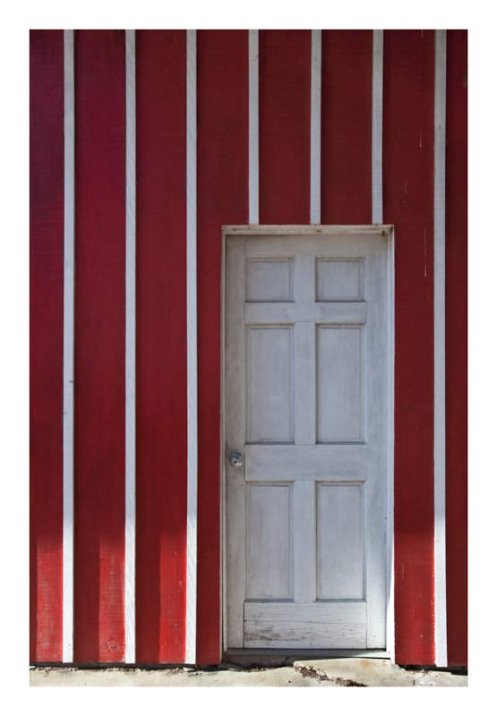 Barn door, side entrance