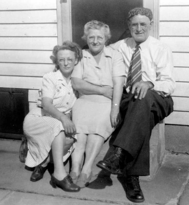 Elsie Stumpf, Mary Rebecca Stumpf, John C. Helmick
