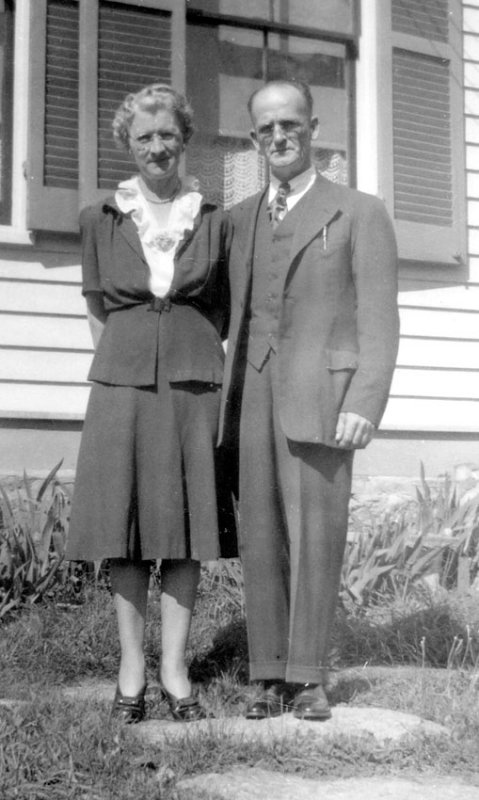 Clarence and Josie Stumpf