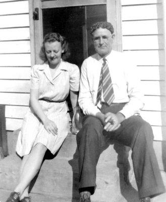 Vera Mae Stumpf and John Carl Helmick