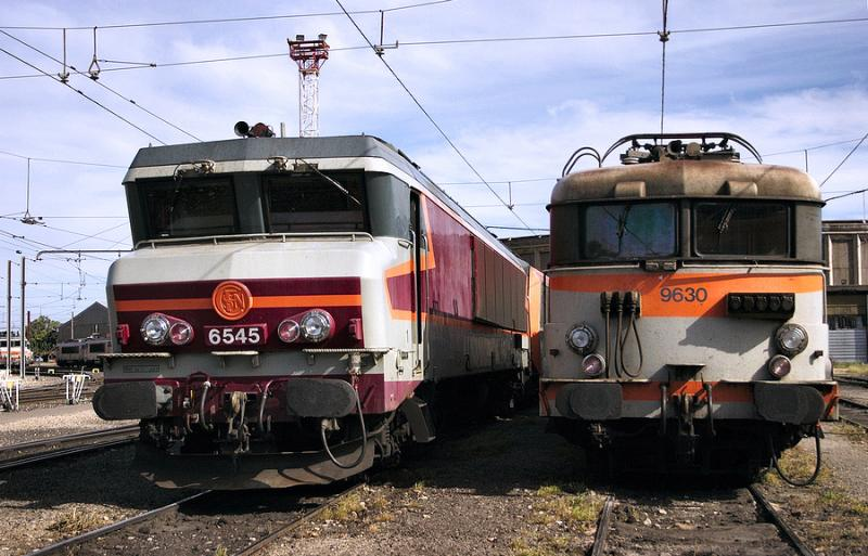 The CC6545 and the BB9630, resting at Avignon depot.