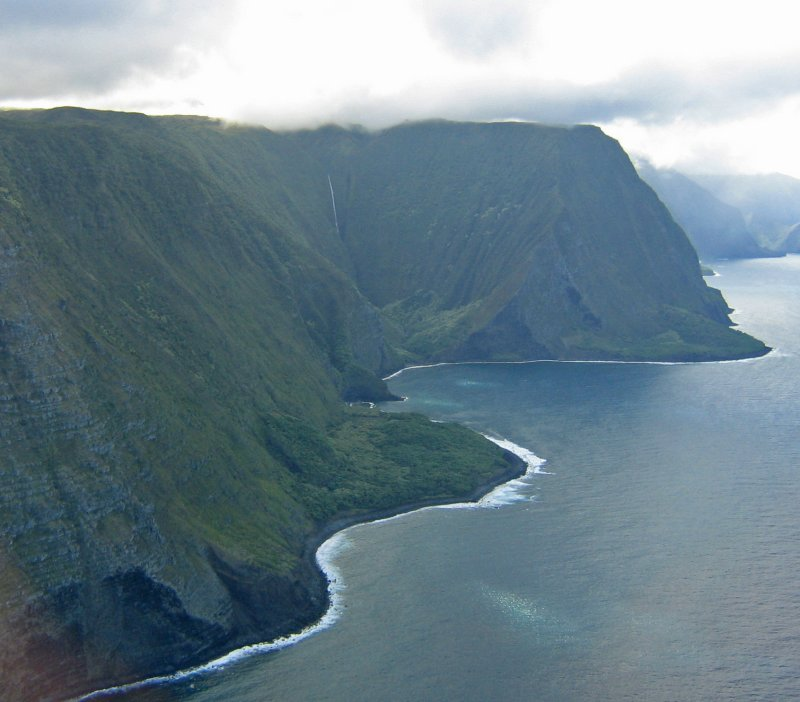 Molokai North Shore-3,000ft cliffs