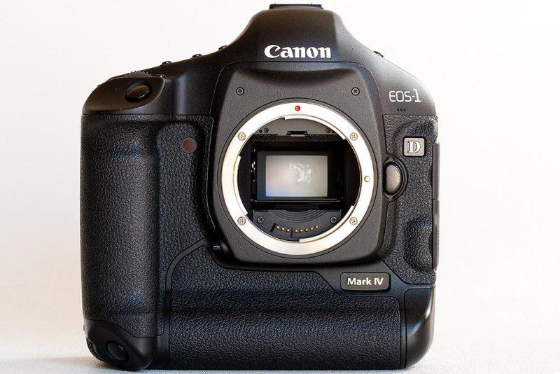 Canon EOS 1D Mark IV Digital Automatic Focus SLR