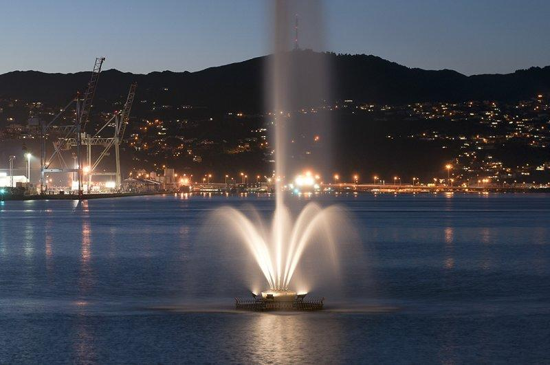 7 June 2012 - Oriental Bays Fountain at 6pm