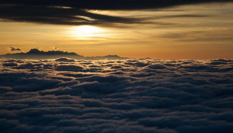 The Stuart Range At Sunrise <br> (Stuart051011-11.jpg)